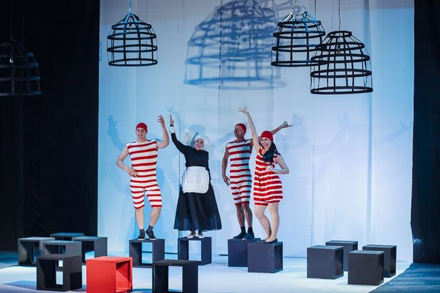 Высокие награды получил Арзамасский театр драмы, представивший на IV межрегиональном фестивале «Волга театральная» спектакль «Тень»